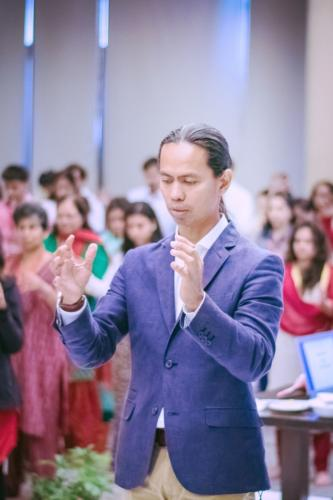 Master Hector Ramos teacher of Master Choa Kok Sui's Higher Courses